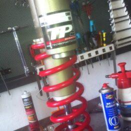 Reparación de suspensiones de motos offroad